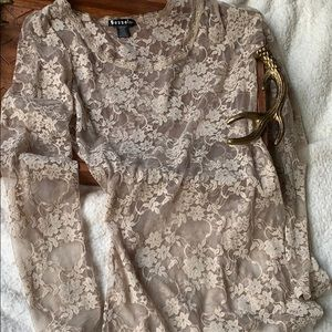 Bozzolo Authentic Lace Tan Long Sleeve Top Medium